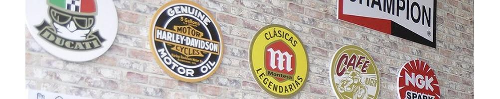 Tienda Online de merchadaising Montesa, placas de pared decorativas retro y decoracion de garages, tazas Montesa,