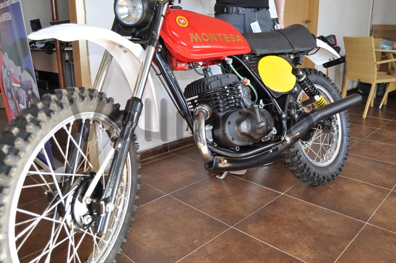 moto restaurada enduro 250 H (15)
